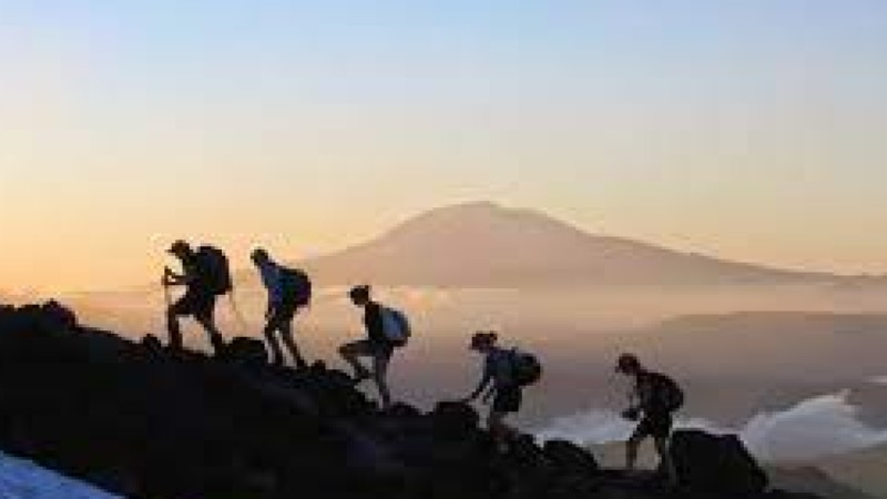 Persiapan Mendaki Gunung