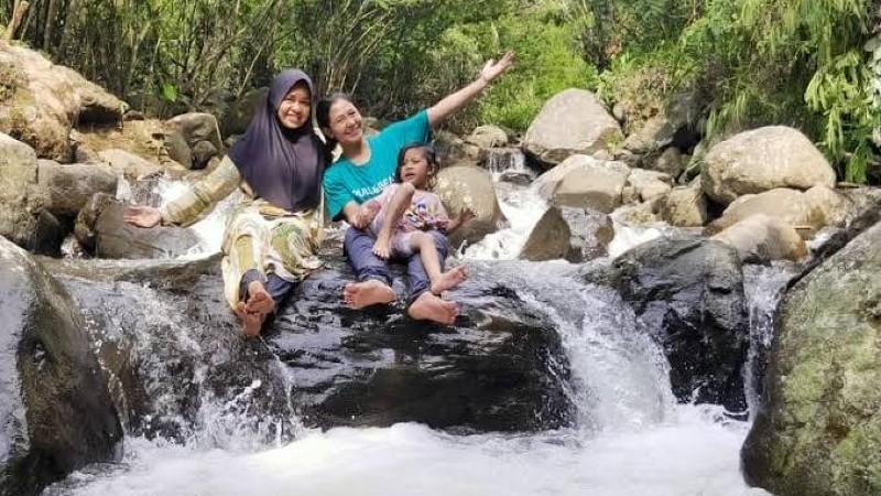 Camping Bersama Anak Di Gunung Ciung